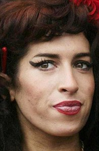 Amy Winehouse - eye - liner